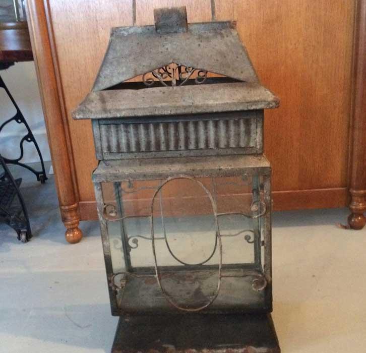 beautiful-vintage-lantern