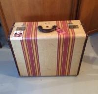 vintage-suitcases-sub-5