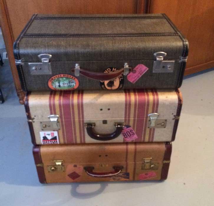 vintage-suitcases